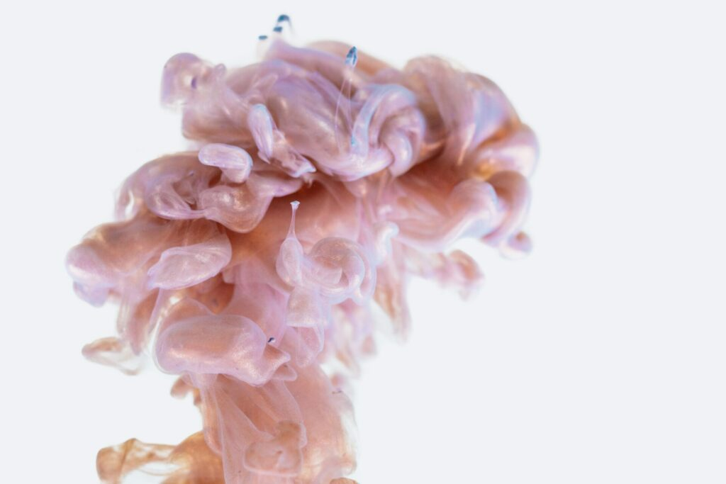 Ink in water that resembles the brain, an obvious cornerstone of cognitive science